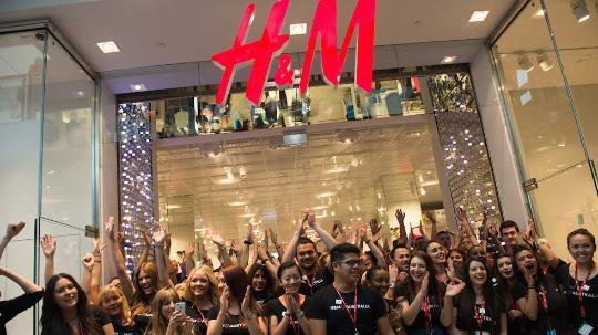 h&m retail staff