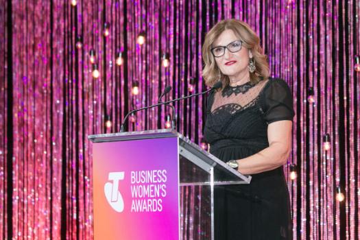 Violet Roumeliotis, 2017 Telstra  Australian Business Woman of the Year Award.